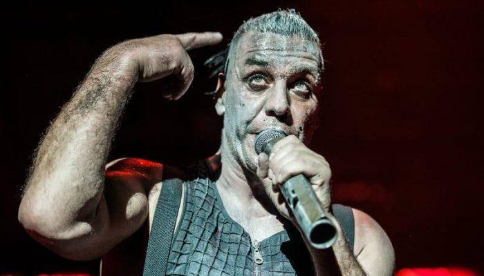 Till Lindemann Rammsteinn chorý, no negatívny na Covid 19